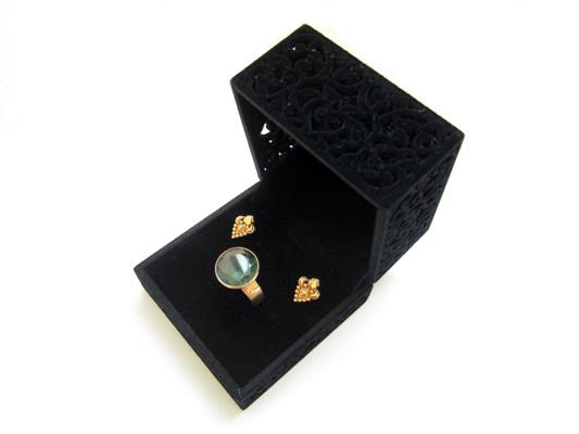 ジュエリー用ギフトボックス,プレゼント用に素敵なアクセサリーボックス。美しい透かし彫り